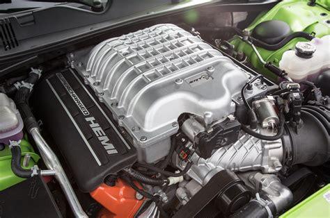 hellcat engine 2014 chevrolet camaro zl1 vs 2015 dodge challenger srt