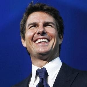 Are Tom Cruise Sumner Redstone Gonna Make Up by Tom Cruise S Lunch With Sumner Redstone And Two Attractive