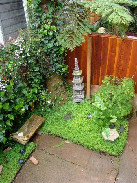 small zen garden mini zen garden zen gardens pinterest