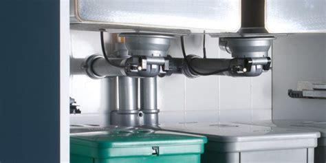 scarico lavello cucina pi 249 spazio sotto il lavello in cucina cose di casa