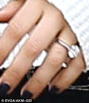 mila kunis and ashton kutcher are engaged weddingstory