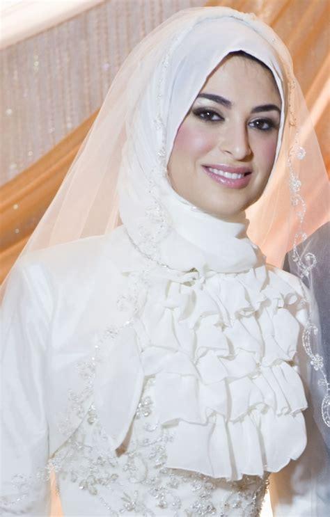 islamic dresses islamic wedding dresses with hijab