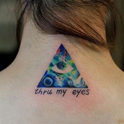 eye tattoo galaxy galaxy tattoo eye triangle by 大柴裕豪 huellas en la