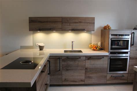 bruynzeel keukens zwolle openingstijden showroomkeukens