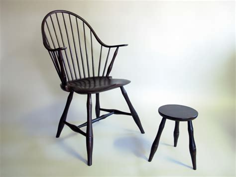 Continuous Stool by George Sawyer The Furniture Society