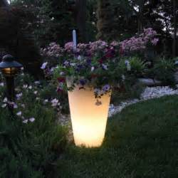 how to make your planters glow in the do it