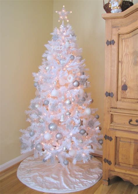 white christmas tree pictures photos