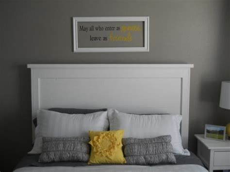 White Painted Headboard by Best 25 Painted Wood Headboard Ideas On