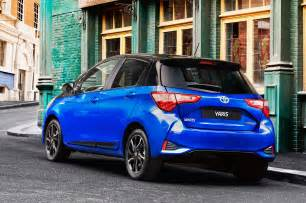 2017 toyota yaris hybrid rear three quarter static motor