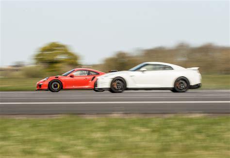 Nissan Gtr Vs Porsche by Porsche 911 Gt3 Rs Vs Nissan Gt R Which Is Fastest Evo