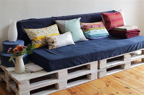 cest moi cheri diy palette sofa  diy pillow covers