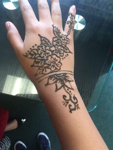 eyebrow threading and henna tattoo near me photos for angelic eyebrow threading and henna yelp