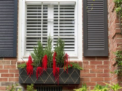 youtube how to decorate a christmas window box how to make a window box hgtv