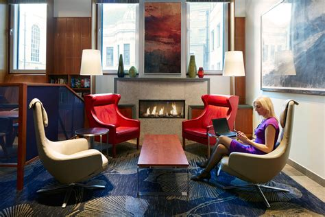 club living room club quarters hotel st paul s a business traveler s hotel in