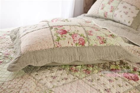 Quilted Patchwork Bedspreads - country floral patchwork quilted cotton coverlet