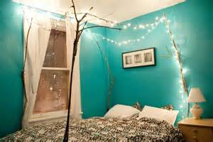 Lights In Bedroom Ideas 66 Inspiring Ideas For Christmas Lights In The Bedroom