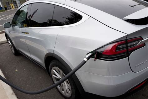 Tesla Car Ceo Tesla And How Will Electric Cars Fare The