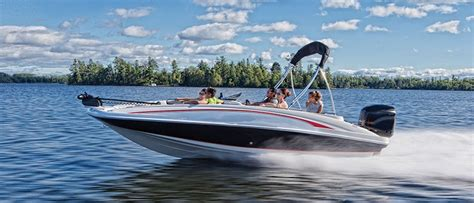 boat brands bowriders deck boats discover boating canada