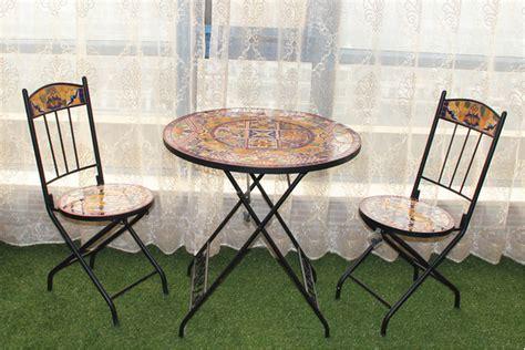 tavoli in ferro battuto e mosaico ferro battuto e da giardino in ceramica mosaico tavolo e