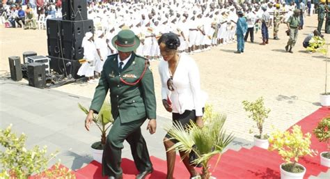 Heads Home For Funeral by Pics Chiwenga Turned Heads At Ndlovu S Funeral