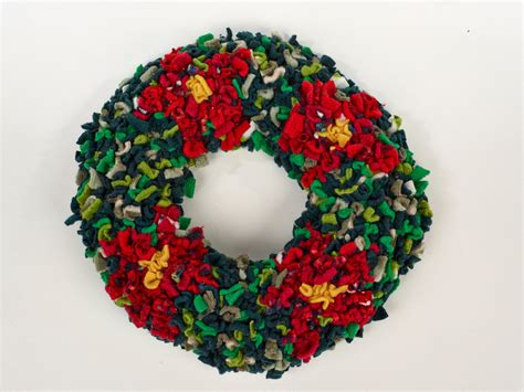 proggy 174 christmas wreath rag rug kit