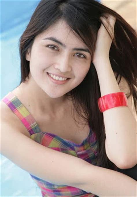 Penjualan Panas Pria Asli wong jowo foto model abis