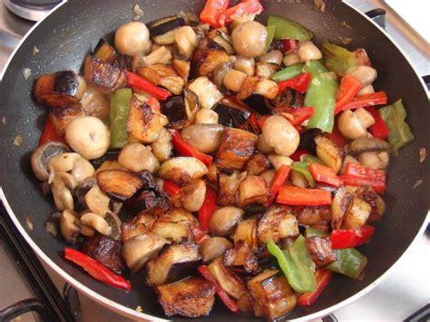 tarif tavuklu mantar sote tarifi resimli 39 patlıcanlı mantar sote nasıl yapılır 9 12 resimli