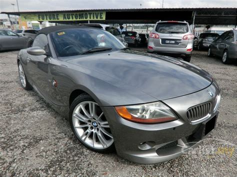 bmw z4 2004 bmw z4 2004 3 0 in selangor automatic convertible grey for