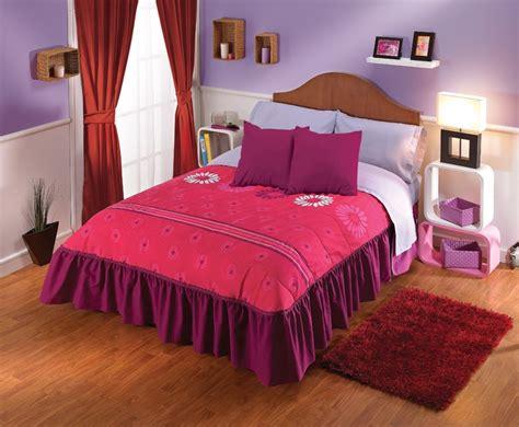 puffy comforter los colores rosas y lilas dan la sensaci 243 n de feminidad y