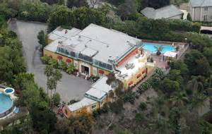 zsa zsa gabor s house damnit zsa zsa doesn t have to move