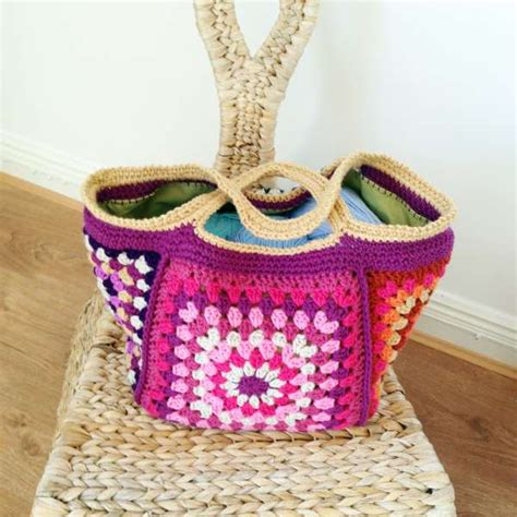 crochet pattern stash bag chunky retro granny stash bag free pattern