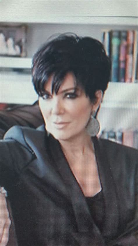 back of chris jenners hair kris jenner haircut picture back view short hairstyle 2013