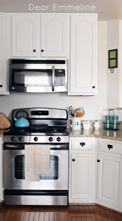 Kitchen Redo: Part Four {Painted Kitchen Cabinet Reveal}
