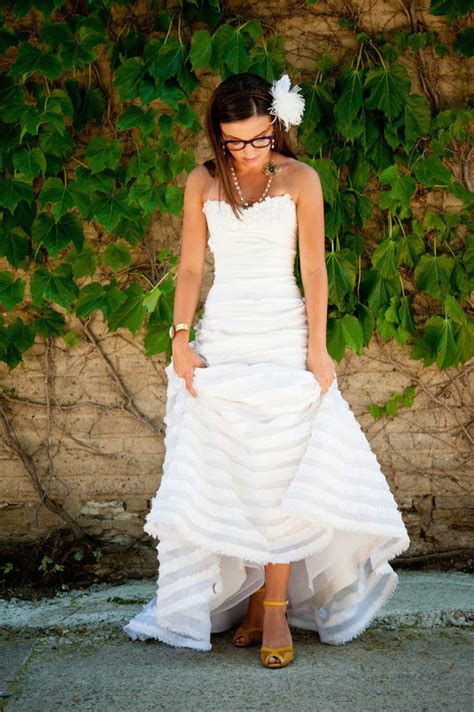 Wedding Hairstyles For Brides With Glasses by Brides With Glasses How To Rock Specs At Your Wedding