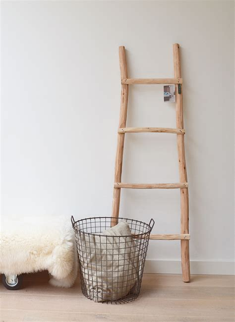 robuuste houten ladder houten decoratieladder kinderkamerconcept