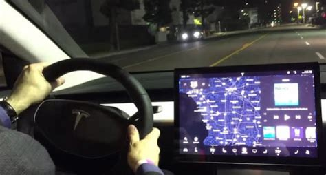 Tesla Better Without You Tesla Model 3 S Dashboard Design Raises A Number Of