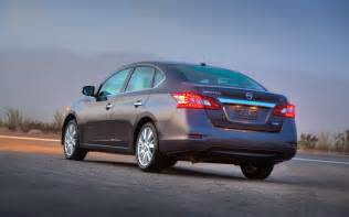 2013 Nissan Sentra 2013 Nissan Sentra Rear Left View 2 Photo 2