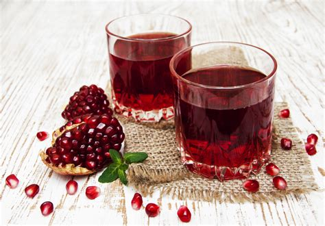 Pomegranate Juice Detox by Pomegranate Juice Made In A Blender