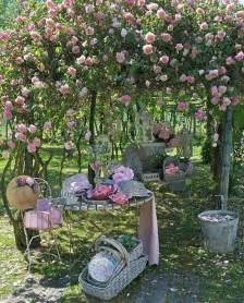 chic garden decor