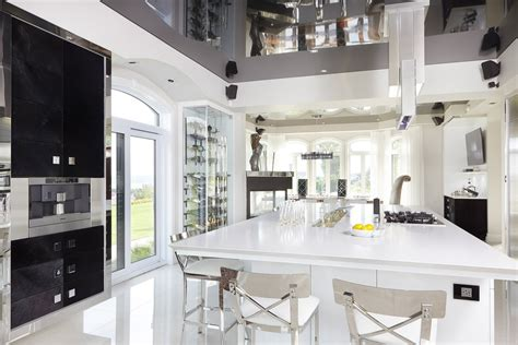 armoire de cuisine armoires de cuisine sur mesure vanit 233 s armoires de salle