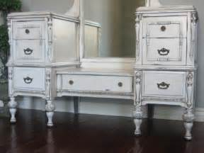 Bedroom Vanity Large White Antique Bedroom Vanity With Mirror Mixed Framed Wall