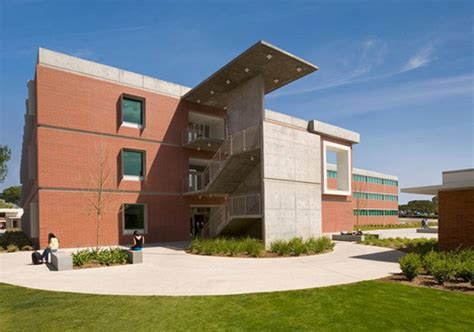 El Camino Mba Building by Structural Engineers Structural Consultancy Structural Design