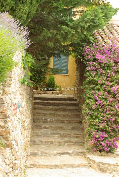 grimaud gigaro couleurs jardin cuisine