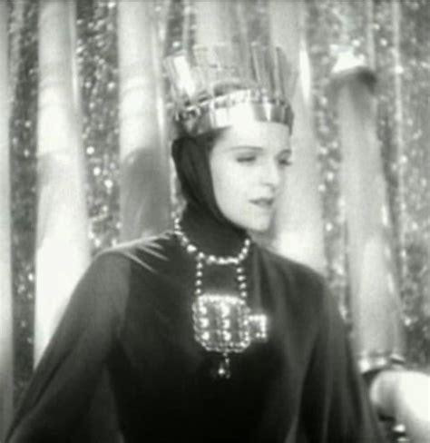 film evil queen authorquest analyzing the disney villains the evil queen