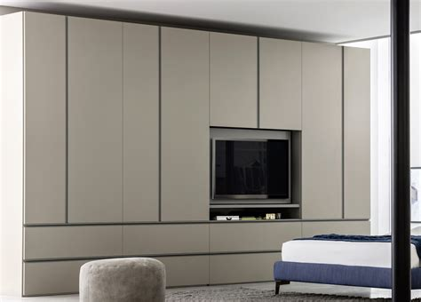 Bed Wardrobe Unit by Gola Bedroom Wardrobe With Media Unit Novamobili Wardrobes