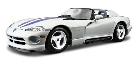 Burago 1 18 18 12024 Dodge Viper Rt 10 Silver Stripes hattons co uk burago 18 22024wh dodge viper rt 10 white