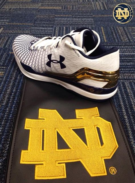 notre dame basketball shoes jim small s notre dame go www ndgoirish