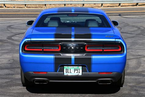 challenger review 2016 dodge challenger srt 392 review digital trends