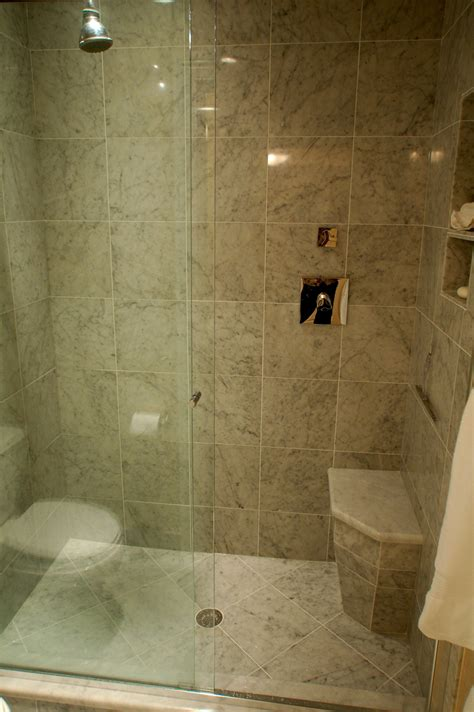 Showers Ideas Small Bathrooms Bathroom Small Shower Design Ideas For Small Modern And Luxury Bathroom Inspirations Showers