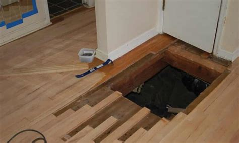 Repair Wood Floor Hardwood Floor Refinishing Experts Trained To Deliver What You Want